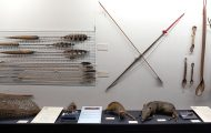 狩るための道具。弓矢など