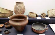 保存用の土器(大型)